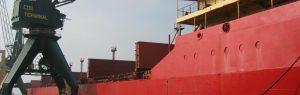 Dichtheitskontrolle von Lukendeckeln auf Schiffen